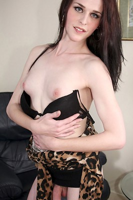 Sexy Anastasia returns to Canada T-girl today!